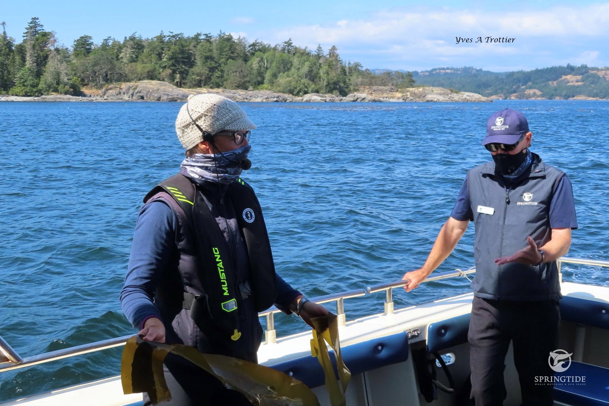 Heather and Gord talking about Bull Kelp